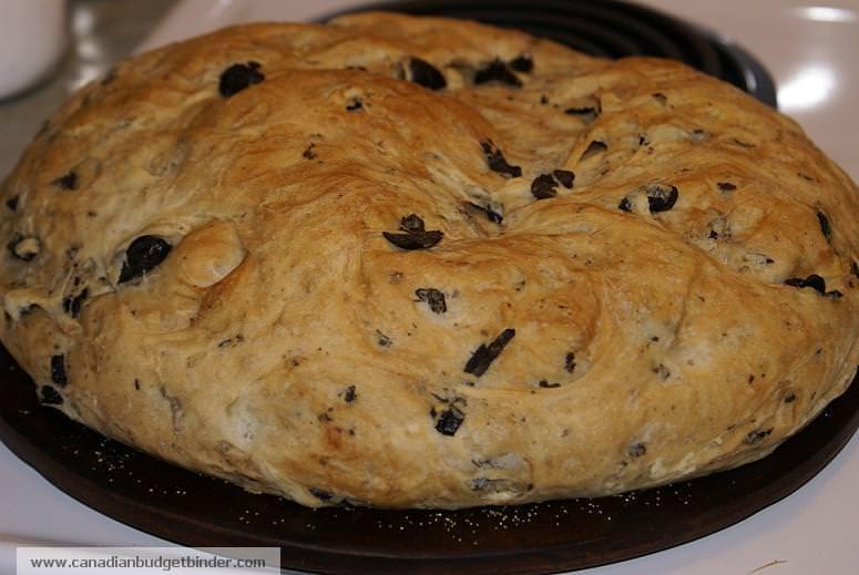 Mr.CBB's Whole Wheat Kalamata Olive Bread with Oregano