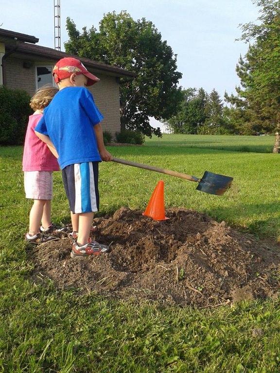 kids free gardening
