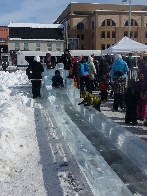 kids free sleigh ride