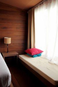room rental bedroom