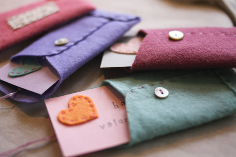 valentines felt envelopes