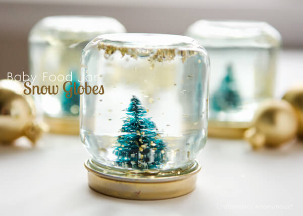 baby-food-jars-snow-globes-christmas