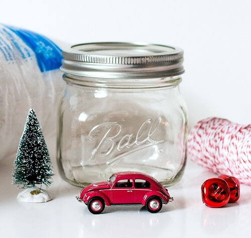 car-in-mason-jar-snow-globe-1-of-15-copy