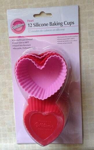 silicone heart baking cups