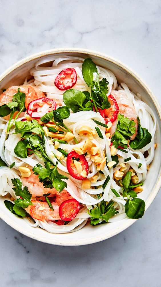 rice-noodles-with-shrimp-and-coconut-lime-dressingrice-noodles-with-shrimp-and-coconut-lime-dressing
