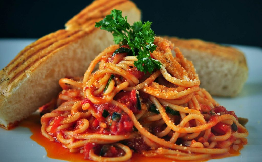 pasta and sauce with meat