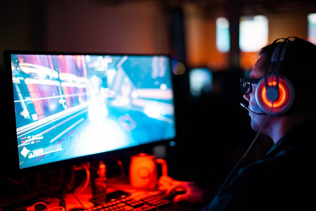online gaming hobby