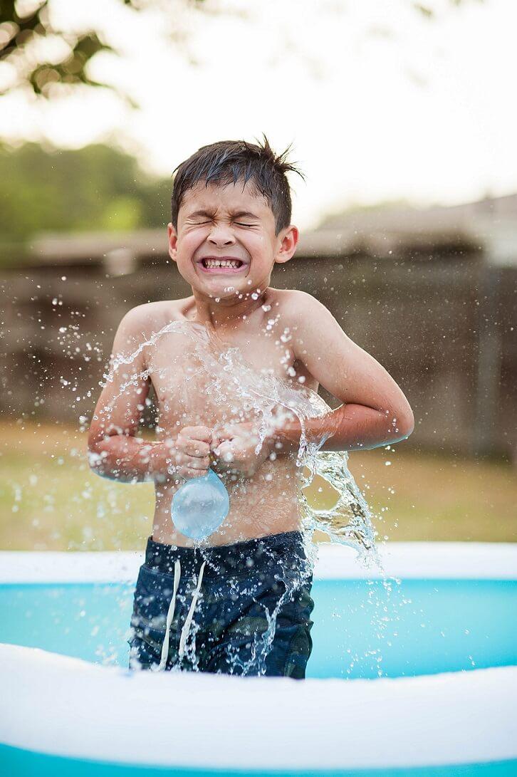 kiddie pool water play activities