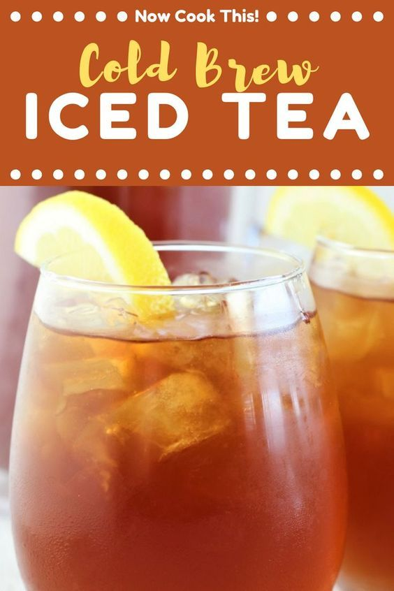 Cold Brew Iced Tea with lemon slices