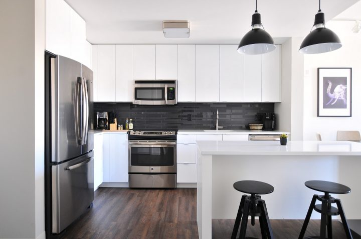Weekly Cleaning Schedule For A Tidy Kitchen